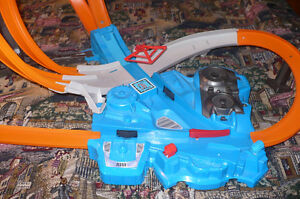 Hot Wheels Mega Pack --- Asking $50 Strathcona County Edmonton Area image 6