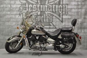 2004 Yamaha V-Star 1100 Classic - Excellent condition, low km!