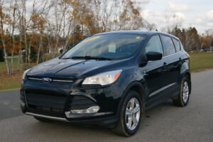 2013 Ford Escape SE AWD !! WINTER READY FRESH INSPECTION!!