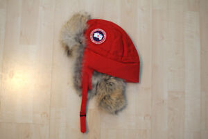 Canada Goose Aviator Hat in Red size Large