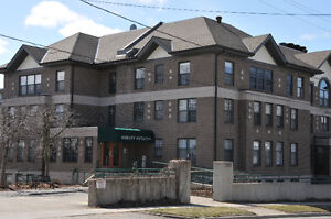 Beautiful spacious condominium for rent at Ashley Estates!