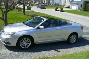 Convertible  Chrysler 200 2012