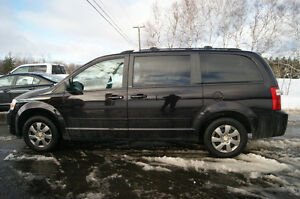 2010 Dodge Grand Caravan SXT STOW & GO