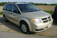 2010 Dodge Grand Caravan loaded LIKE NEW Minivan, Van