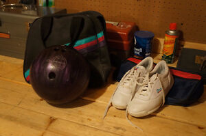 Ladies Bowling Ball and Shoes