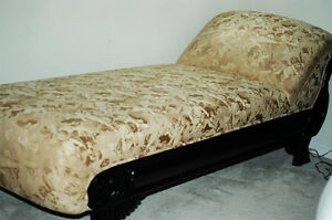 CHAISES LOUNGE (fainting couch)