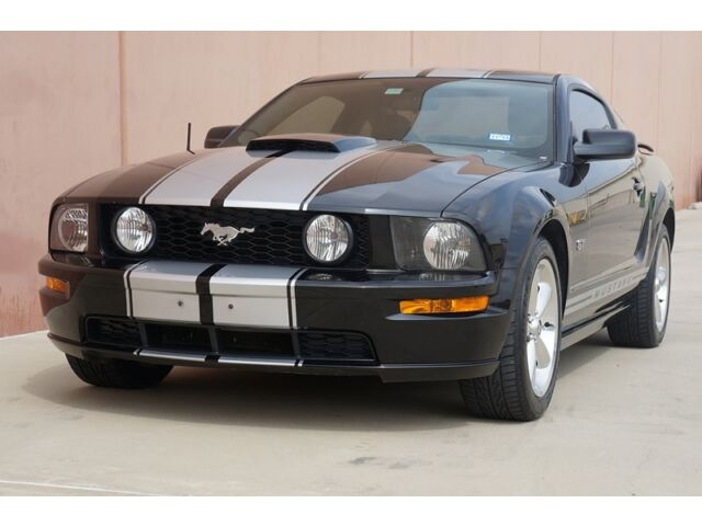 Image 1 of Ford: Mustang GT DELUXE…