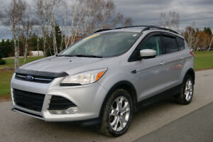 2013 Ford Escape SE LOADED AWD SUV !! WINTER READY