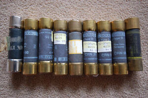 6 Fusible neuf 250 volt 6 New fuses