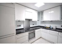 **Great 2 bedroom flat in a private gated mews fitted kitchen wood flooring GCH near UCL 15 Sept**