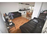 4/5 bed flat in heart of Camden ideal for sharers/subleters available now!!! 2 bathrooms!!