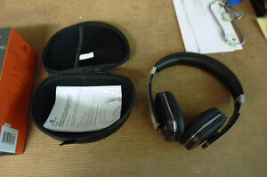 HeadRush HRF 581 Over-Ear Headphones