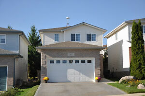 Beautiful Family Home Available End of Dec/Jan 1st. Kitchener / Waterloo Kitchener Area image 1