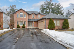 Stunning Upgraded Family Home in Angus!