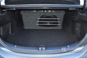 JL Audio HO110RG-W3v3 brand new sub box