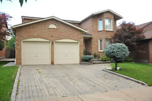 BEAUTIFUL house in Richmond Hill