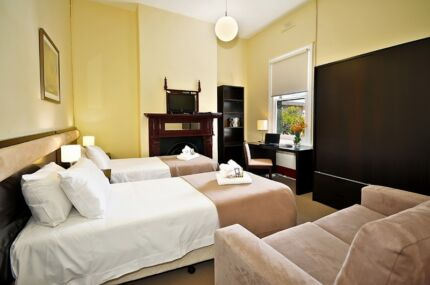 SHORT TERM SINGLE OR DOUBLE ROOMS AVAILABLE CITY FRINGE LOCATIONS Carlton Melbourne City Preview