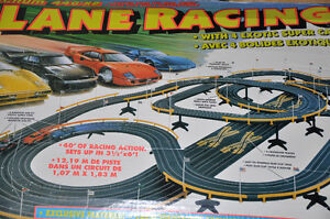VINTAGE PISTE DE COURSE JOUET ENFANT CIRCUIT AUTO LANE RACING