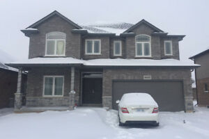 close to brock university/Casino, whole 2 storey new house(4beds