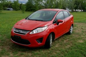 2012 Ford Fiesta SE LOADED Sedan LOADED
