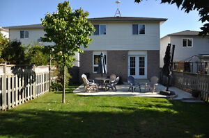 Beautiful Family Home Available End of Dec/Jan 1st. Kitchener / Waterloo Kitchener Area image 2