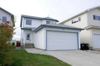 GORGEOUS 2 STOREY IN DEVON - MODERN, IMMACULATE & MOVE IN READY!