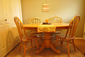Solid Oak Dining Table with Leaf and Four Chairs