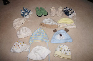 newborn hats and shoes/slippers