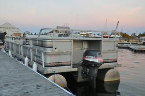 PONTOON PRINCECRAFT 30ft