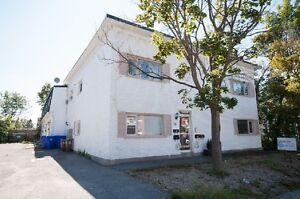 Spacious 2-bedroom townhouse in Aylmer