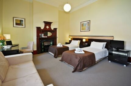 EXECUTIVE ACCOMMODATION ROOMS FOR TWO PEOPLE AVAILABLE NOW Carlton Melbourne City Preview