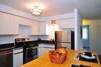 Executive, UPDATED 3 BDRMS Condo in Great Waterloo East