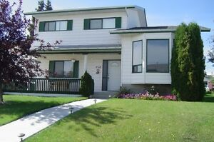 Large House for rent in Stony Plain