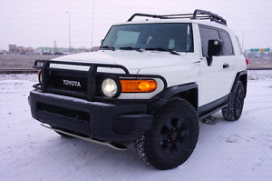 2008 Toyota FJ Cruiser Trail Teams - CarProof, Nav, Tires