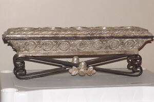 Mantel or Table Centre 5 Candle Holder Display ORNATE DISIGN