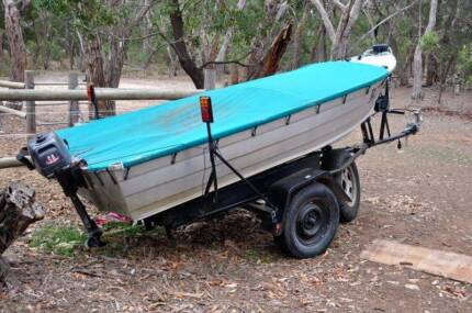 3.6mtr or 12 ft Tinny Dinghy Boat, with 5hp Johnson outboard Mount Gambier Grant Area Preview
