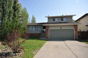 Excellent Priced Home, In The Quiet Community Of Morinville!