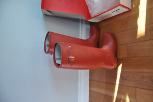 New size 9 red Hunter Boots