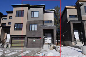 Townhouse For Rent-Ardagh Bluffs area