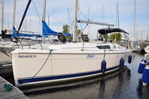 Hunter 31 - Fresh Water, Excellent Condition