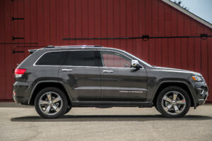 FACTORY 2015 JEEP GRAND CHEROKEE 20 INCH WHEELS AND TIRES