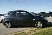 2011 Hyundai Accent L LOADED AUTO Coupe (2 door)