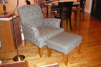fauteuil inclinable et fauteuil avec pouf assortie