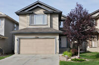 3 BEDROOM House For Rent ( 6120 - 6 Ave ) South West