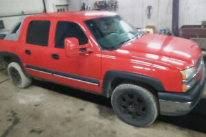Chevy Avalanche 2003 flowmaster.
