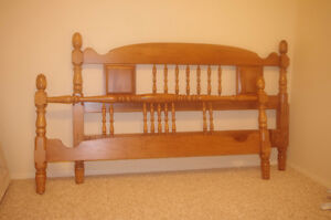 Queen headboard/foot board and mattress frame