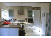 HUGE 4m x 3.5m double in clean, luxury house!!