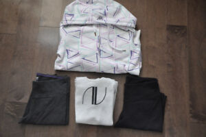 'Lot N' Aritzia TNA apparel (4 items)