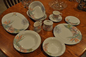 Noritake China - Pacific Winds Pattern
