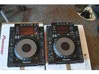 CDJ900 x 2 FOR SALE IN MINT CONDITION WITH DECK SAVERS